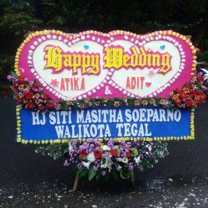 jual bunga papan happy wedding jakarta selatan